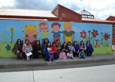 Jard n infantil villa austral inaugur murales pintados for Jardines murales